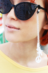 Sunglass accessory - peace